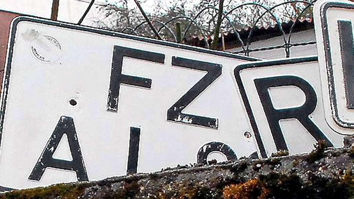 fr here kfz schilder becker hat zulassung beantragt fritzlar homberg. Black Bedroom Furniture Sets. Home Design Ideas