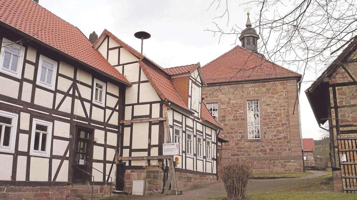 streit um alte schule stadtgremien wollen haus anderweitig verkaufen witzenhausen. Black Bedroom Furniture Sets. Home Design Ideas
