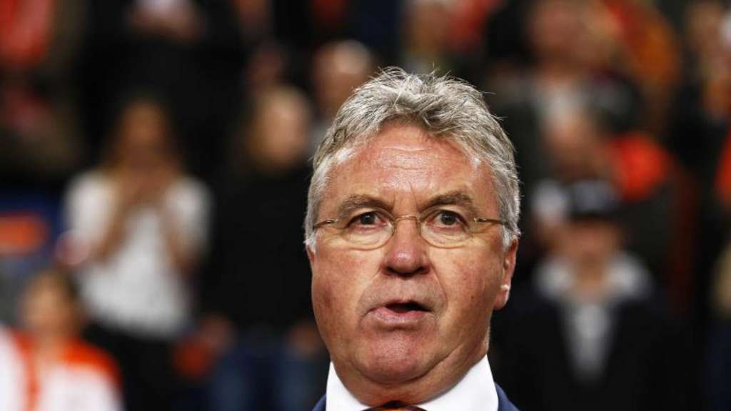 Coach Guus Hiddink stolpert mit Oranje durch die EM-Quali. Foto: Vincent Jannink
