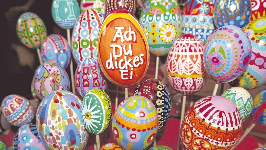 Vellmar Karl Heinz Gauler Beschriftet Bemalt Und Dekoriert Eier