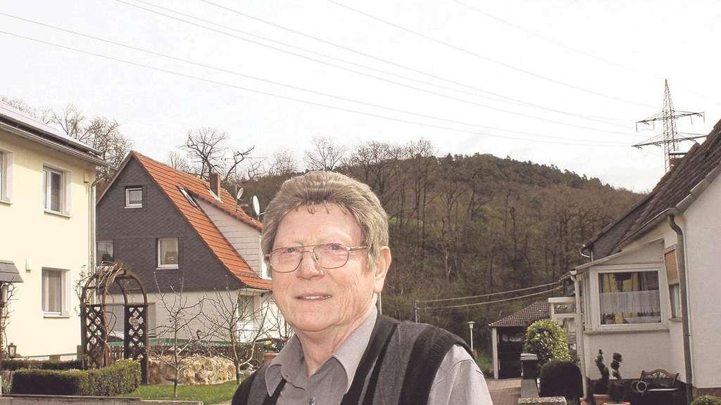 Wohnen unter der Stromleitung: 73-Jähriger sorgt sich nicht vor ...