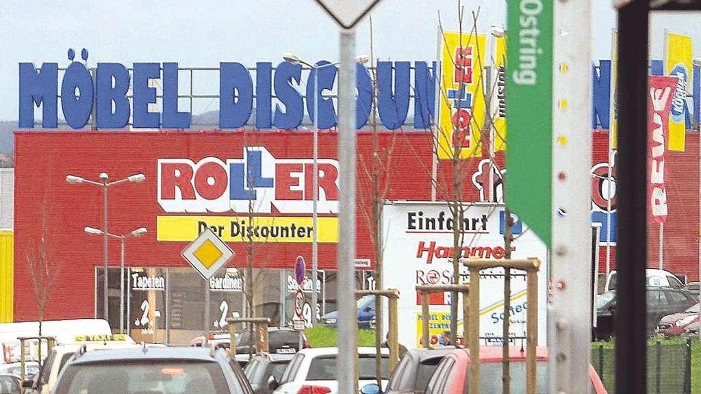 0121c9ee03f494 Möbel-Discounter Roller will den Betriebsrat auflösen