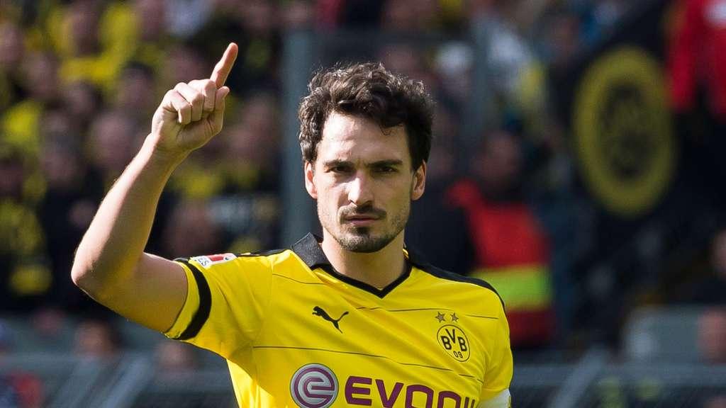 Borussia Dortmund Mats Hummels Zum Fc Bayern Vater Bringt