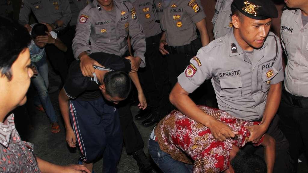Mädchen vergewaltigt und ermordet: Teenager in Indonesien