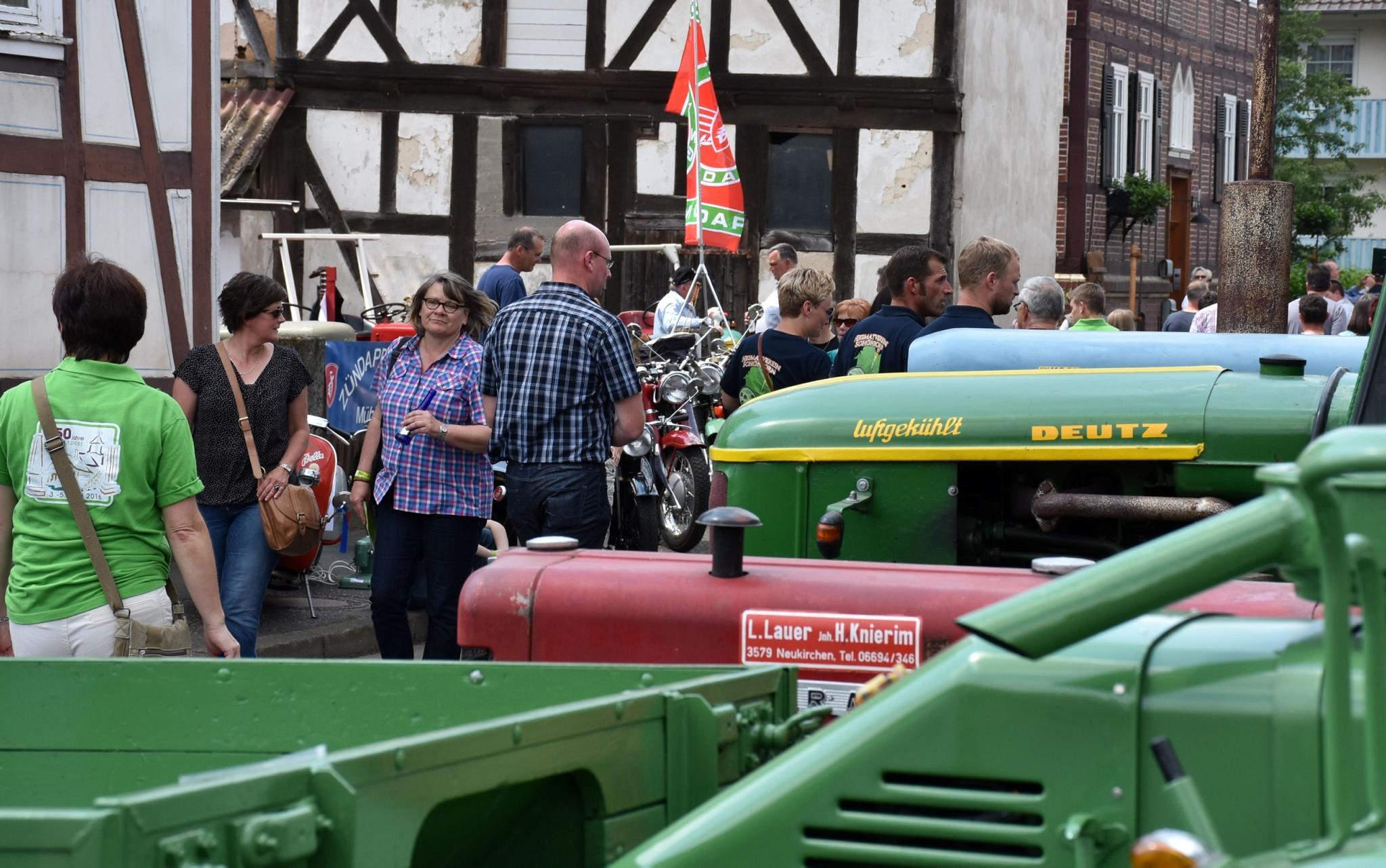 750-Jahr-Feier in Riebelsdorf: 12 000 Besucher bestaunten Gefechte ...
