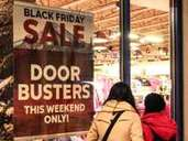 Shopping-Wochenende: An keinem Tag machen Geschäfte in den USA so viel Umsatz wie am Black Friday direkt nach Thanksgiving. Foto: Verena Wolff