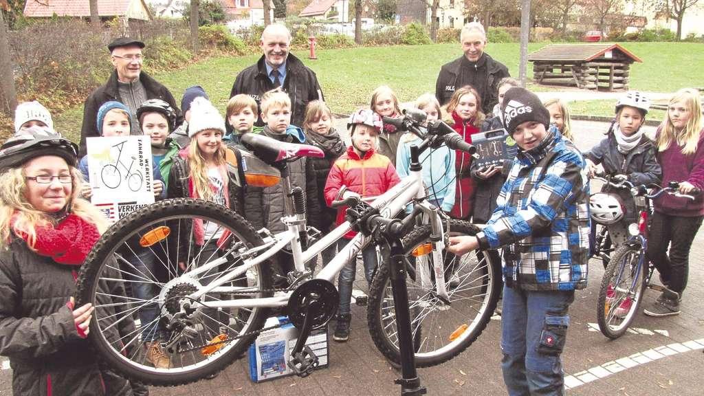Fahrrad Werkstatt An Der Grundschule In Bad Sooden Allendorf Bad