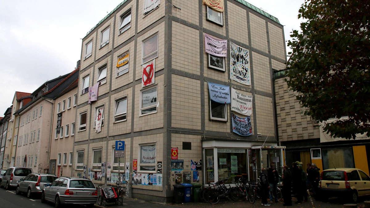 G Ttinger Besetzer Wollen Ex Gewerkschaftshaus Kaufen