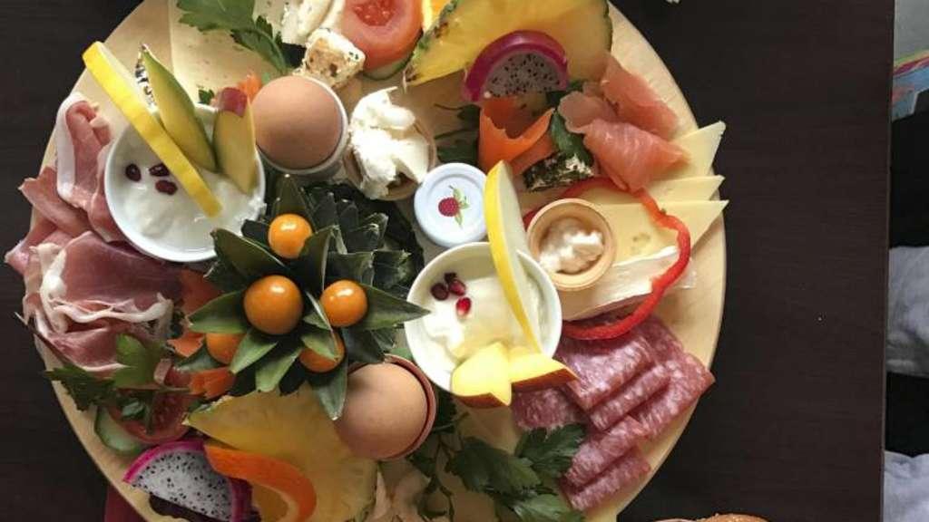 Frühstückstest Im Hurricane In Kassel Starten Gäste Satt In Den Tag