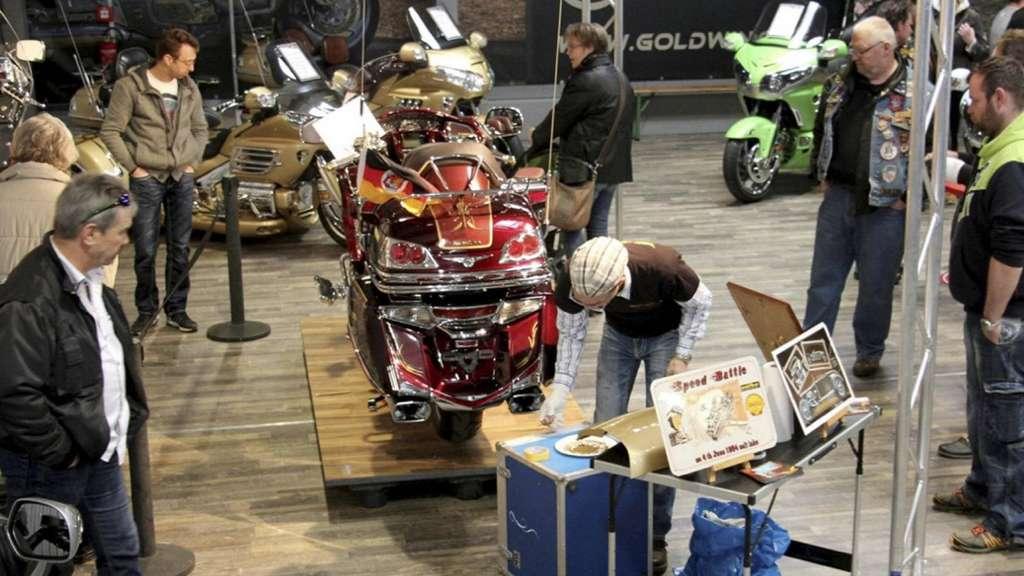 motorradhaus fuchs in uslar besteht seit 30 jahren. Black Bedroom Furniture Sets. Home Design Ideas