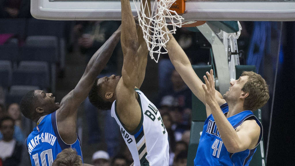 Milwaukee Bucks - Dallas Mavericks