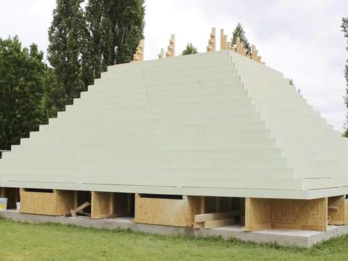 The Living Pyramid: documenta-Kunst in der Kasseler Nordstadt