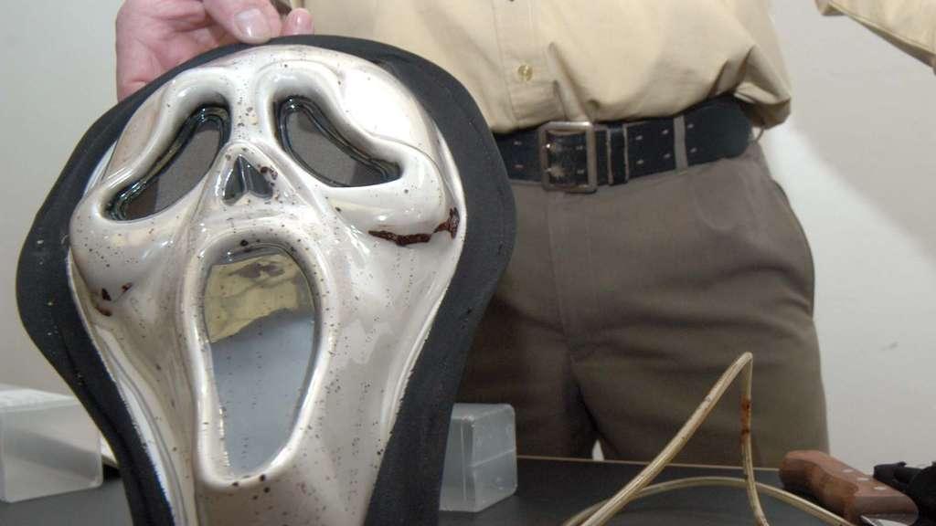 überfall Auf Pizzaboten Täter Trug Scream Maske Fuldatal