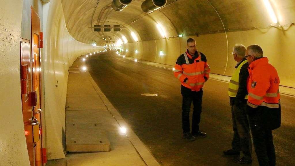 A44 Tunnel Kuchen Wird Im Fruhjahr Freigegeben Kreis Kassel