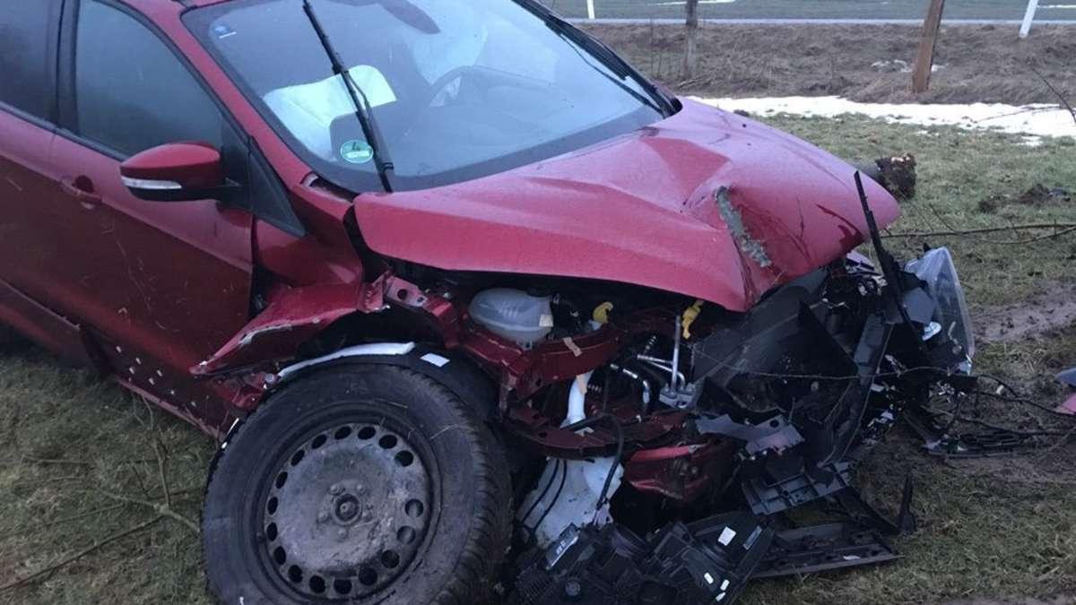 Von der Fahrbahn abgekommen: Unfall einer Korbacherin in Willingen ...
