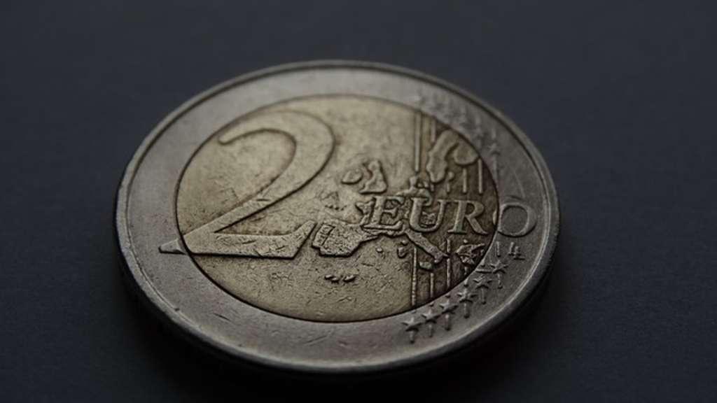 Diese 2 Euro Münze Ist 1000 Euro Wert Schauen Sie Schnell Nach
