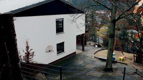 Stadt Battenberg kauft Chrischona-Kindergarten