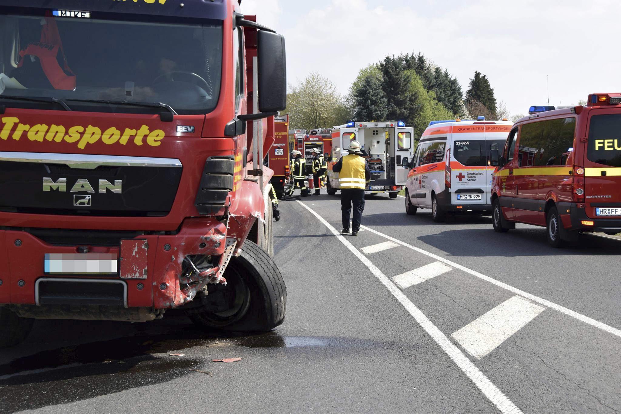 Tödlicher Verkehrsunfall an Joneleit-Kreuzung in Ziegenhain | Ziegenhain