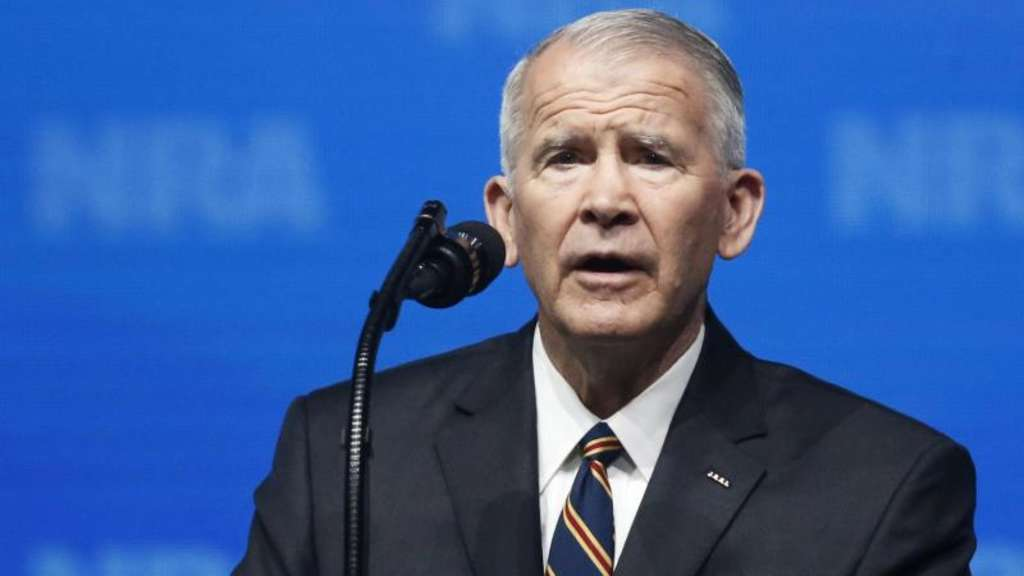 Oliver North auf der Jahrestagung der National Rifle Association (NRA) in Dallas. Foto: Sue Ogrocki/AP