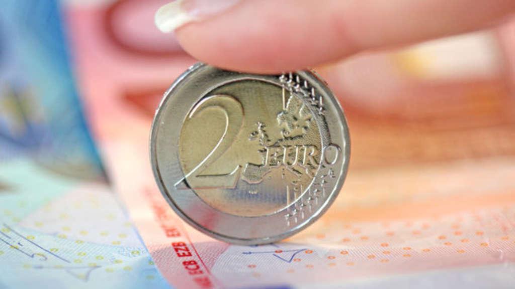 Hat Ihre 2 Euro Münze Diesen Makel Dann Können Sie Mit 80000