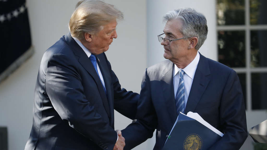 Jerome Powell und Donald Trump