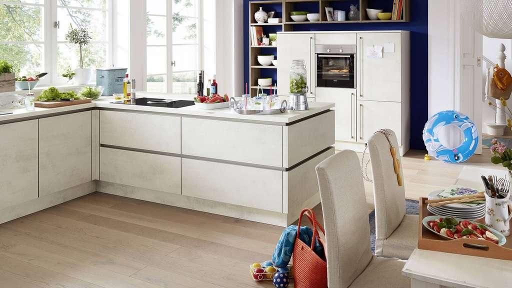 Küche Technik bringt Komfort Backofen | Anzeigen