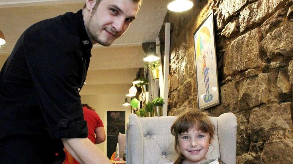 Kinderlose Restaurants Kasseler Gastronomen Lehnen Regelung Ab Kassel