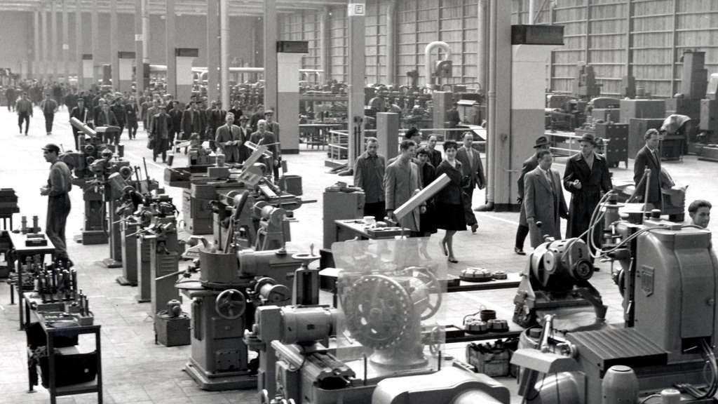 60 Jahre VW-Werk Kassel in Baunatal: Ein Wirtschaftswunder | Anzeigen