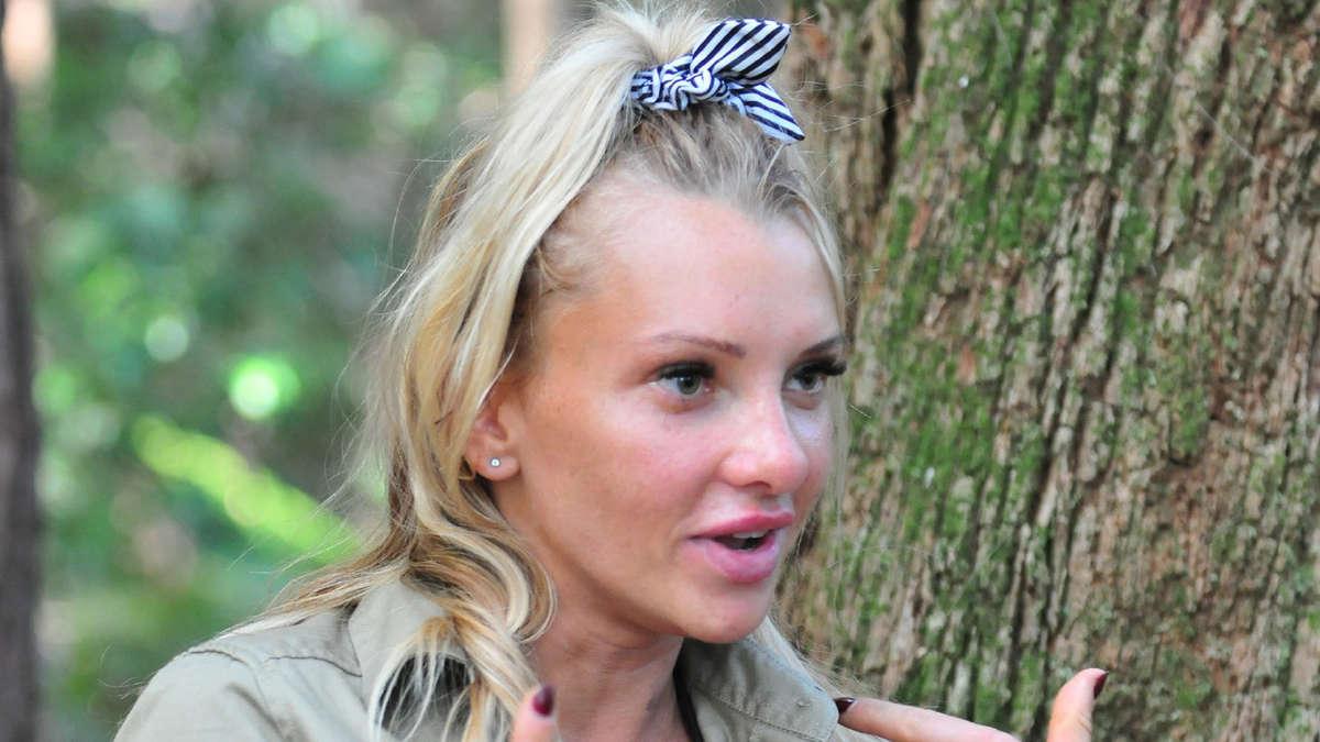 Dschungelcamp 2019 Ist Evelyn Burdecki Wirklich So Dumm
