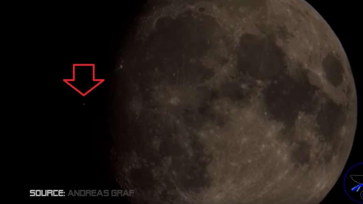 Mond Ufo
