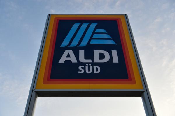 Aldi Gasgrill Marke : Gasgrill bei aldi im angebot: rasten kunden jetzt wieder aus? geld