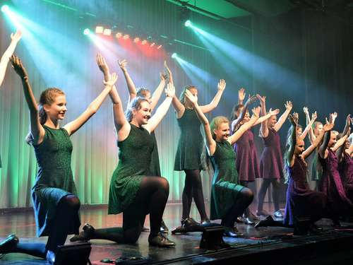 Magical Steps und De Lusejungen zeigen Show mit Lokalkolorit in Rotenburg