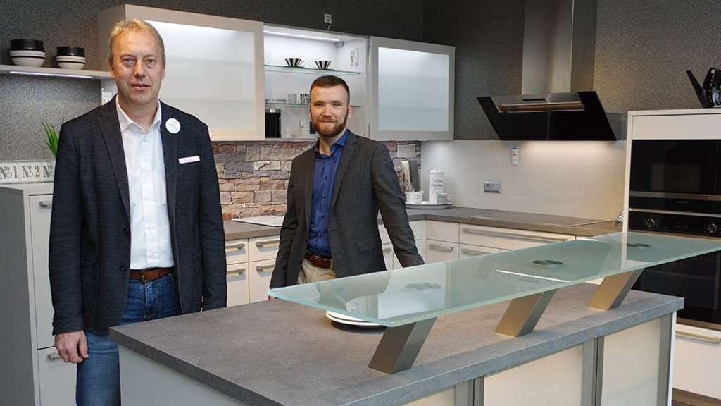 Die Küche Ist Der Mittelpunkt   Möbelhaus Hämel Plant Ihre Traumküche