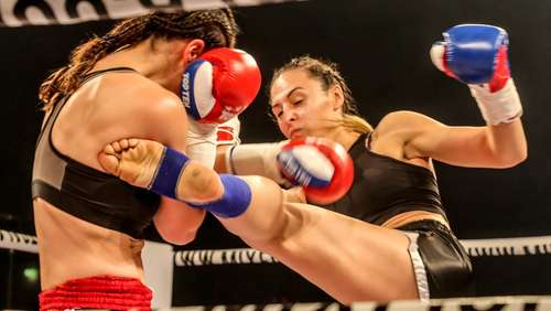 Fightnight in der Eissporthalle