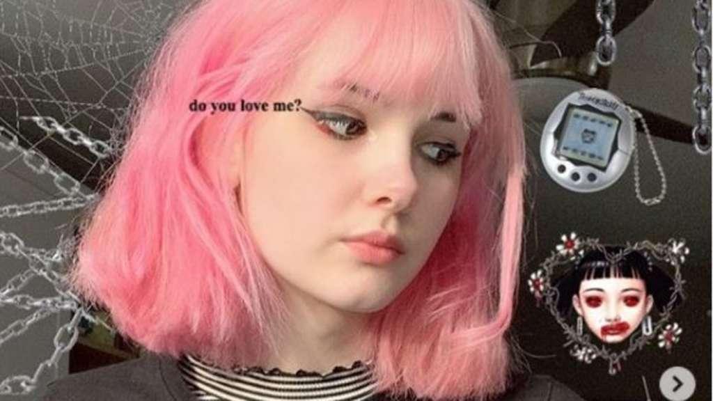17b5847ad48067 Instagram-Star (17) ermordet? Ihr Freund teilt verstörende Selfies mit der  Leiche