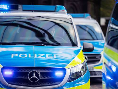 Exhibitionist in den Homberger Efzewiesen unterwegs