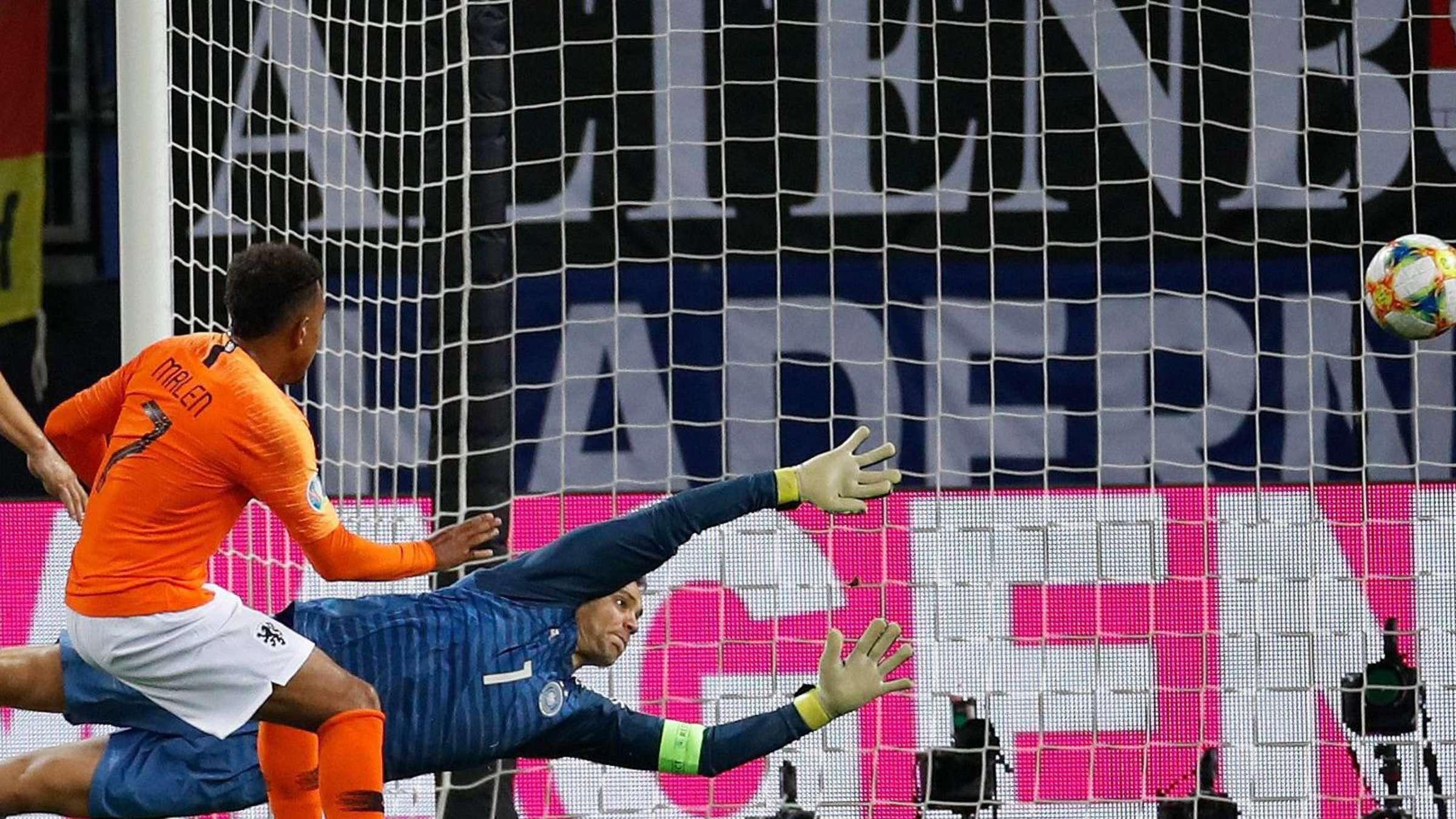 Schnellcheck Nationalelf Unterliegt Oranje 2 4 Fussball