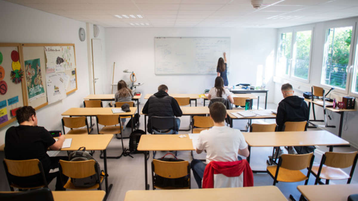 Corona in Hessen: So sieht der Hygieneplan für Schulen aus ...