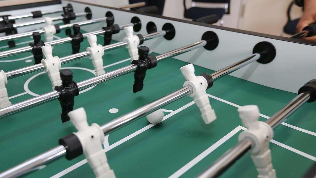 Tischfussball Spielen