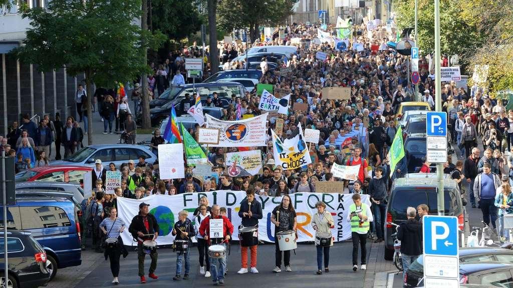 Fridays for Future Demonstranten in Kassel