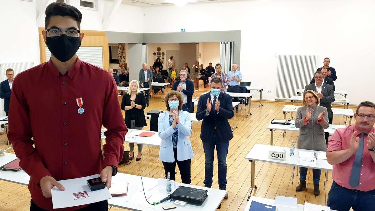 Wanfrieder Marcel Hagedorn bekommt Hessische Medaille für Zivilcourage