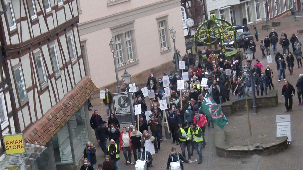 "Corona-Demonstration in Bad Wildungen: ""Grundrechte sind unverhandelbar"""