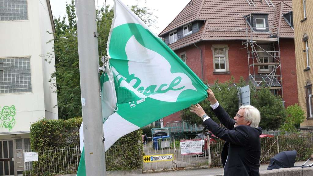 "Die ""Mayors for Peace""-Flagge"